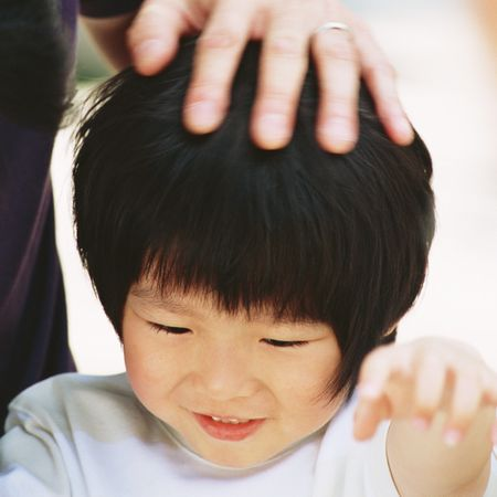 自閉症児のコミュニケーション能力を高める10のポイント