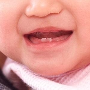 赤ちゃんの口