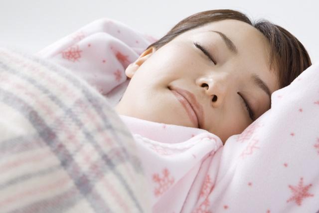 睡眠中のお母さん