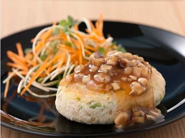 豆腐とおからのハンバーグ きのこソース