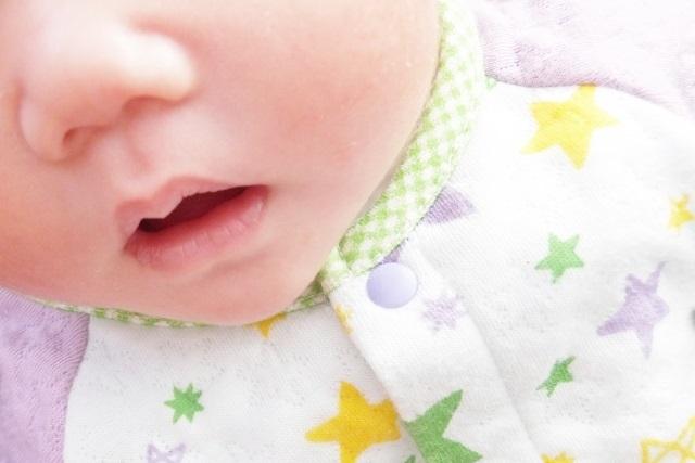 乾燥肌の赤ちゃん