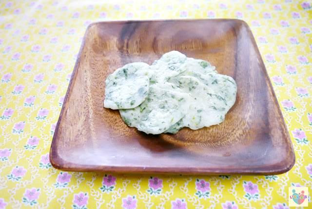 小松菜としらすのやわらかおせんべい