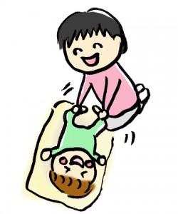 赤ちゃんとスキンシップをするお母さん