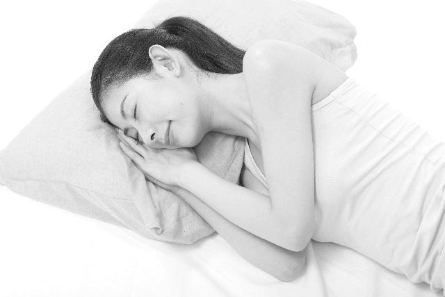 寝ている妊婦さん