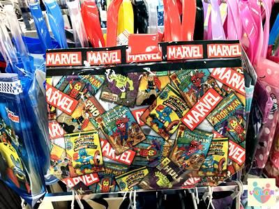 marvelコミックのキャラクターバック